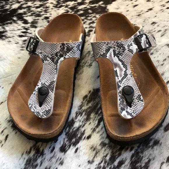 23237979cdd8 Birkenstock Shoes - Papillio by Birkenstock Gizeh Sandals Snake 36